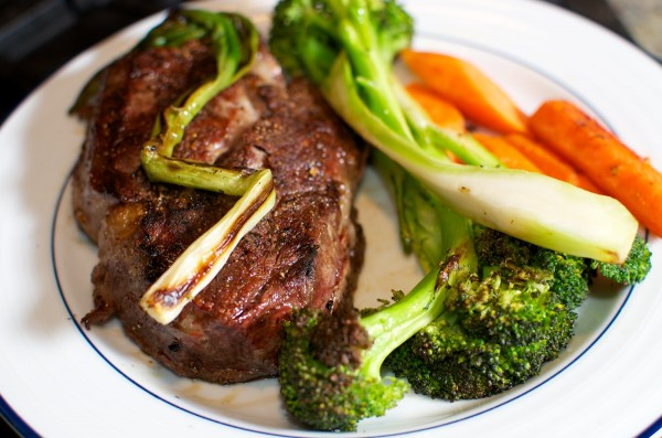 Steak with veggies